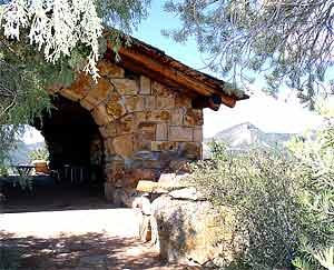 Lion's Den, Durango